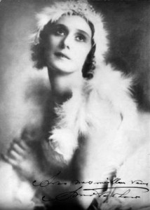 Anna Pavlova in costume for the Dying Swan (1928)